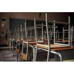 Chaises, tables et sols